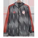 Bayern Munich Windbreaker 2021/22 - Black
